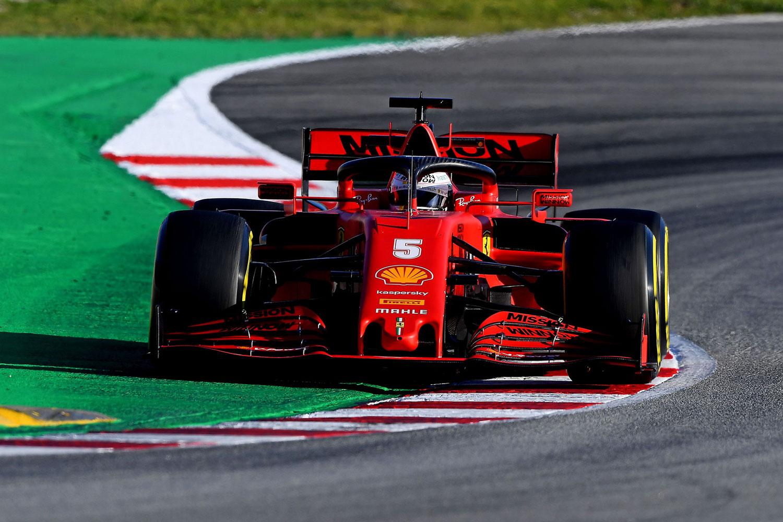 Во Ferrari принудени да го редизајнираат целиот болид