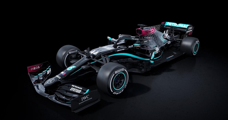 """Хамилтон ја поддржа """"силната порака"""" на Mercedes со новите бои на болидот"""