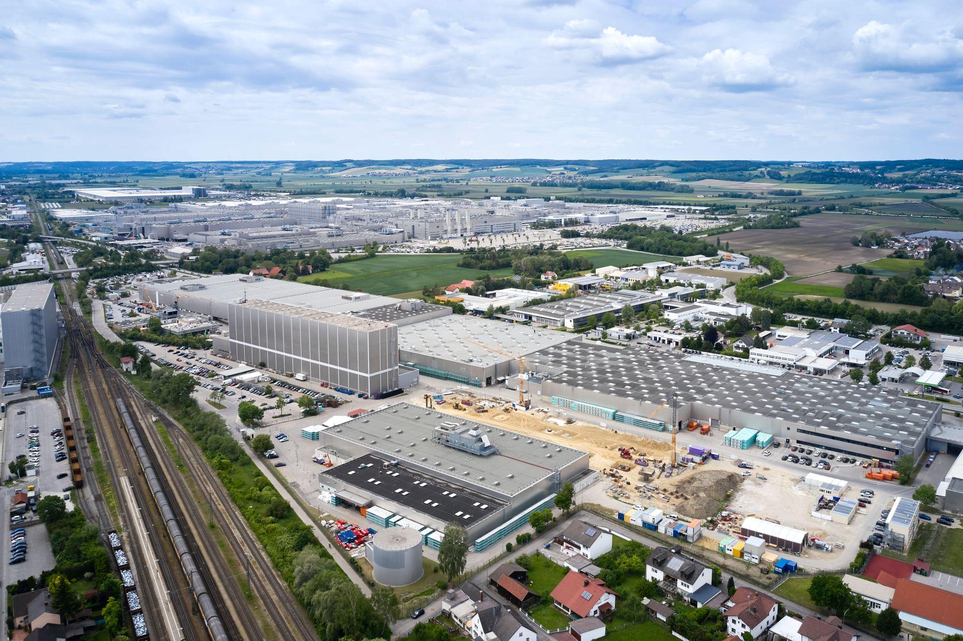 Голем чекор на BMW кон масовна електрификација