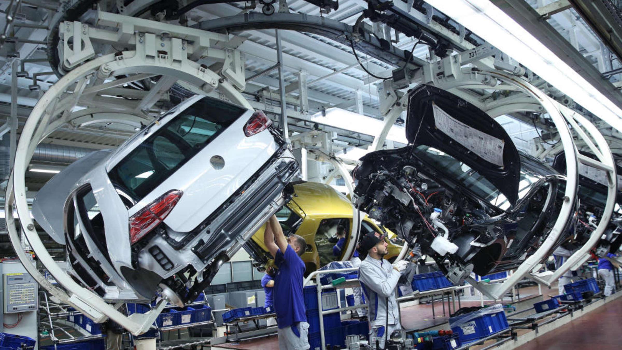 Колку заработуваат производителите на автомобили во секунда?
