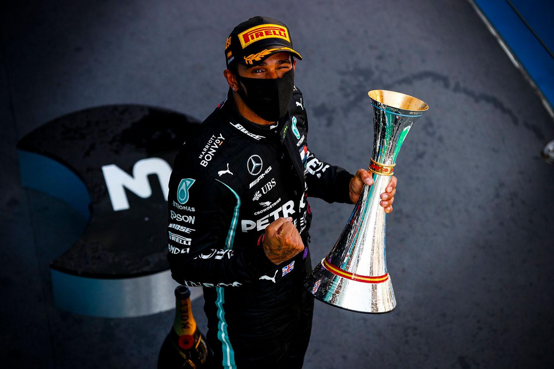 Formula 1: Хамилтон лесно до победата на шпанското ГП и нов рекорд / ФОТО+ВИДЕО