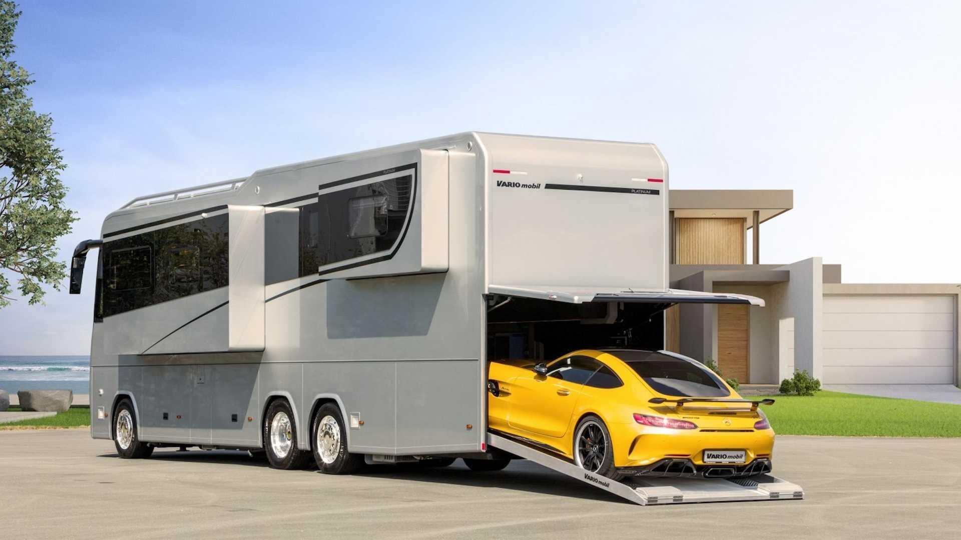 Луксуз на тркала: како изгледа кампер од 1,7 милиони долари! / ФОТО