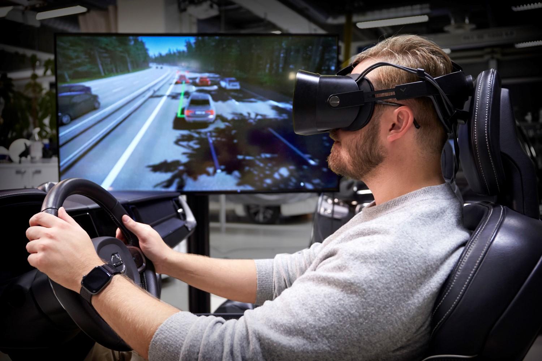 """""""Ултимативниот симулатор за возење"""" на Volvo Cars користи најнова гејминг технологија за развој на побезбедни автомобили / ВИДЕО"""