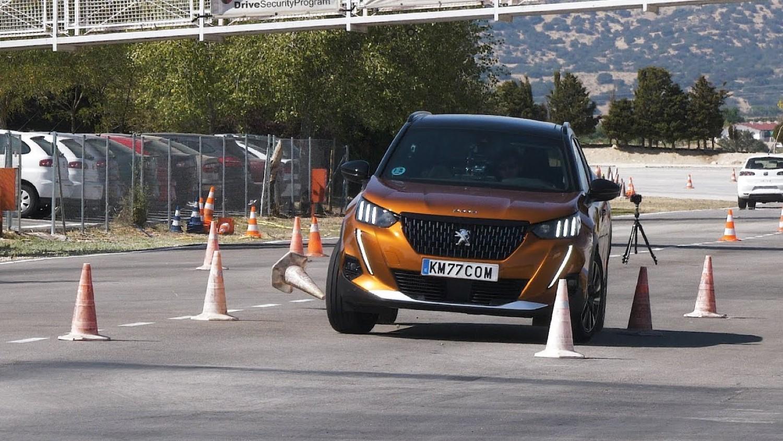 """Peugeot 2008 убедлив на тестот на """"Северниот елен"""" / ВИДЕО"""