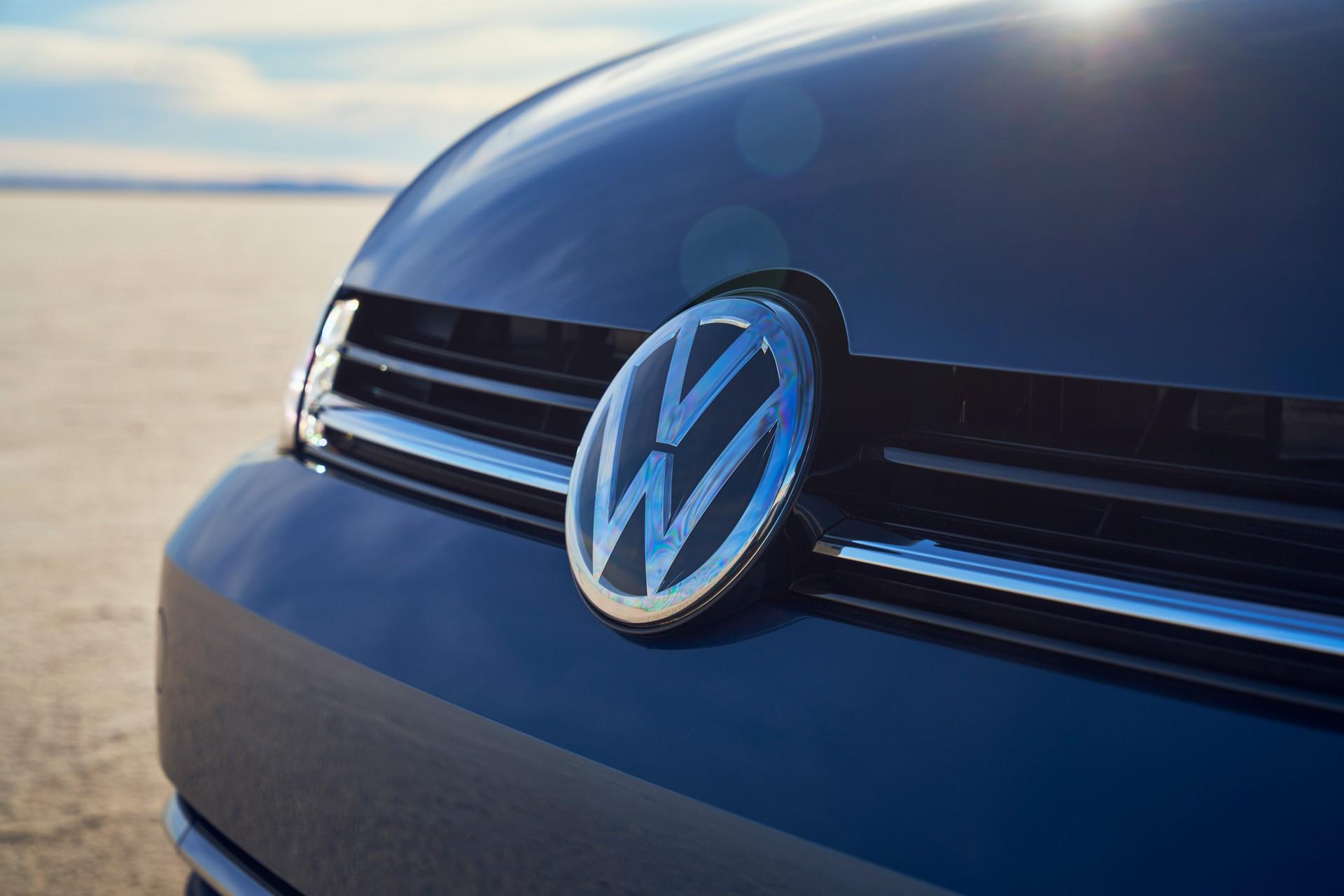 "ЕУ побарал од Volkswagen да исплати отштета на сите купувачи поради аферата ""дизелгејт"""