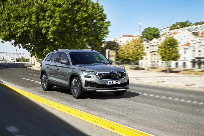 Белорусија забранува увоз и продажба на производи на Škoda и Liqui Moly