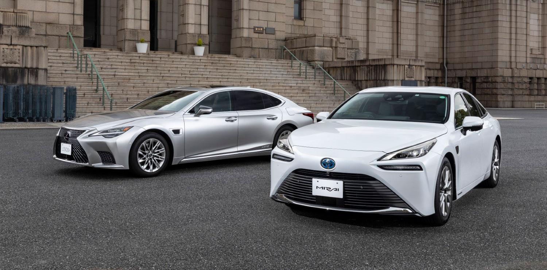 Toyota подготвена со сопствен автопилот од второ ниво / ФОТО+ВИДЕО