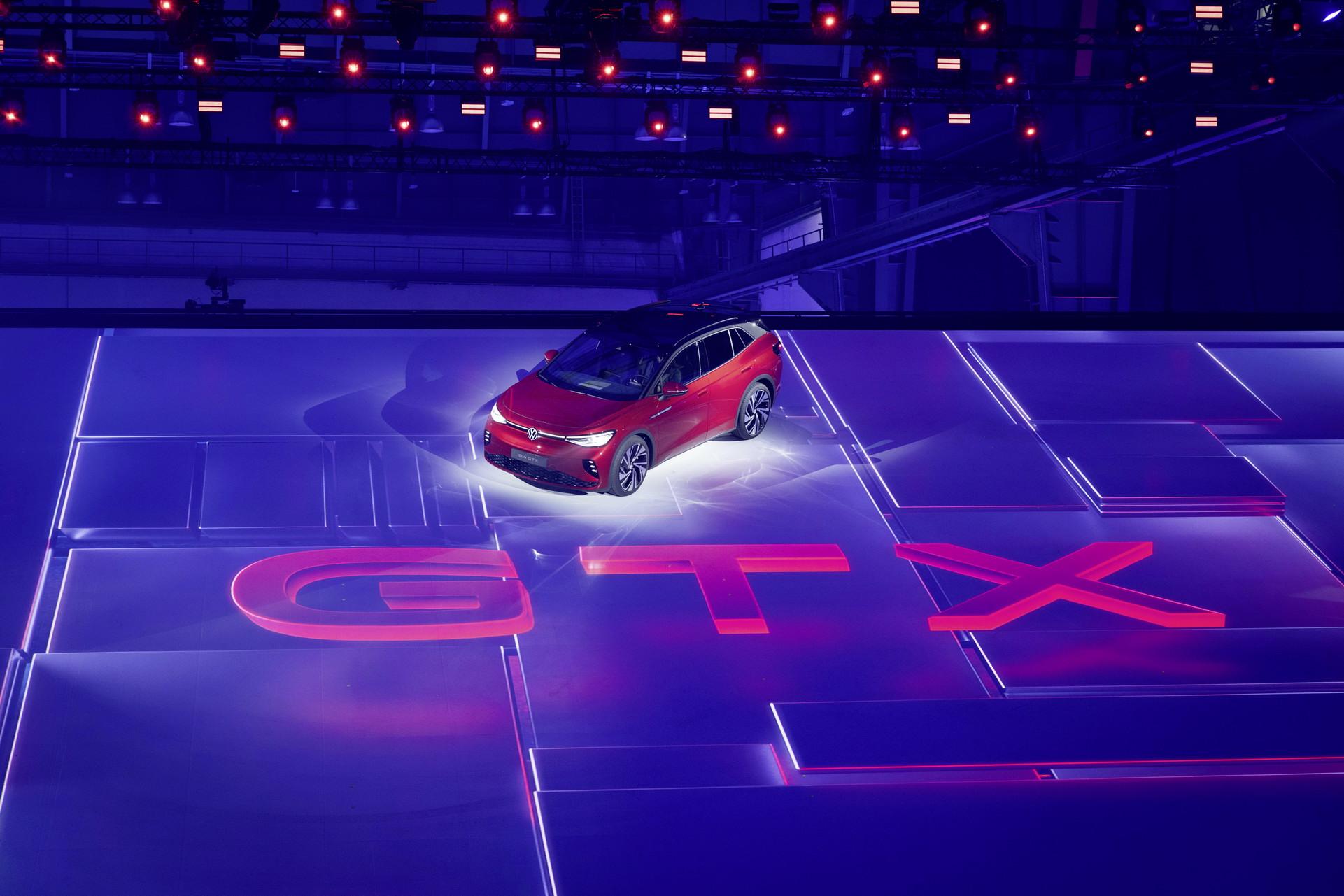 Oфицијално: Volkswagen ID.4 GTX / ФОТО+ВИДЕО