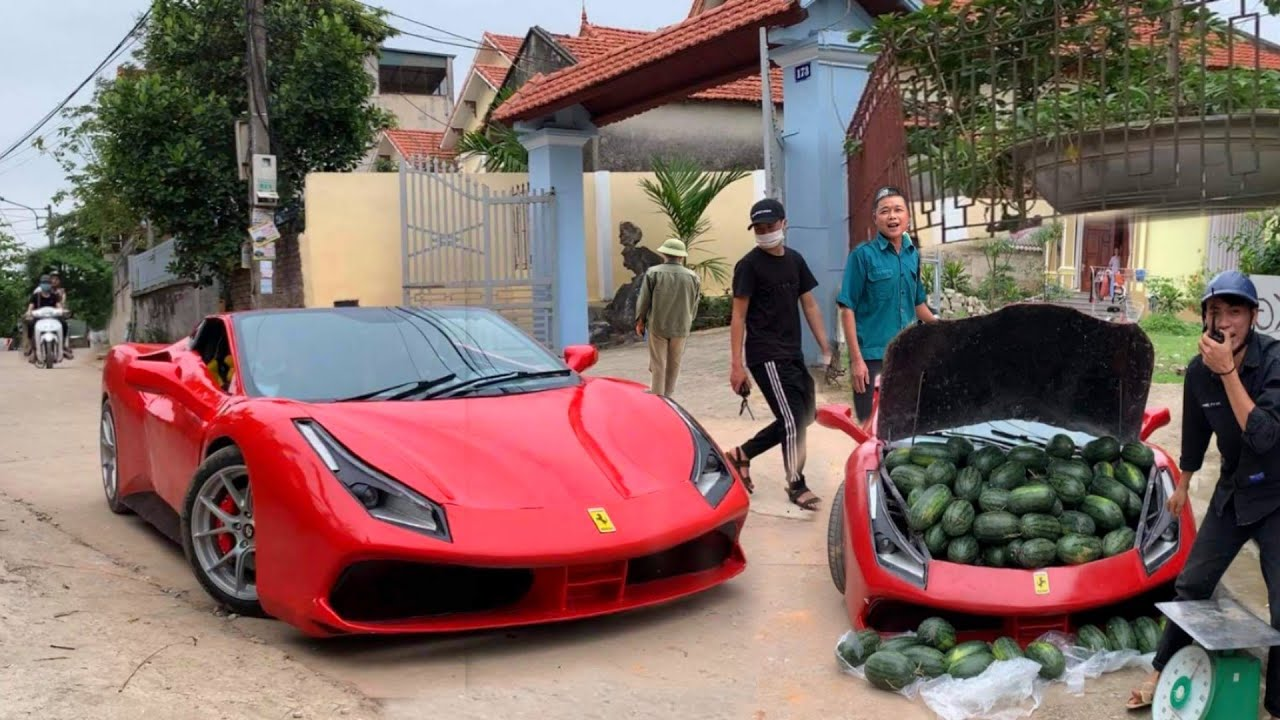 """Ferrari 488 GTB"" за превоз и продажба на лубеници?! / ВИДЕО"