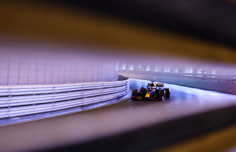 Formula 1: Ако повторно ги видиме флексибилните задни крилја на Red Bull во Баку, ќе протестираме, велат од Mercedes