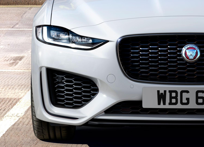 Jaguar Land Rover целосно ја менува стратегијата