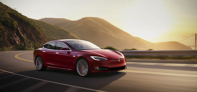 Tesla враќа пари на сопствениците на Model S во Норвешка