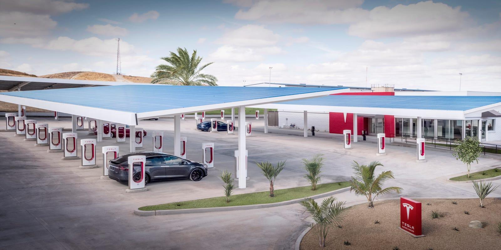 Tesla влегува во угостителскиот бизнис