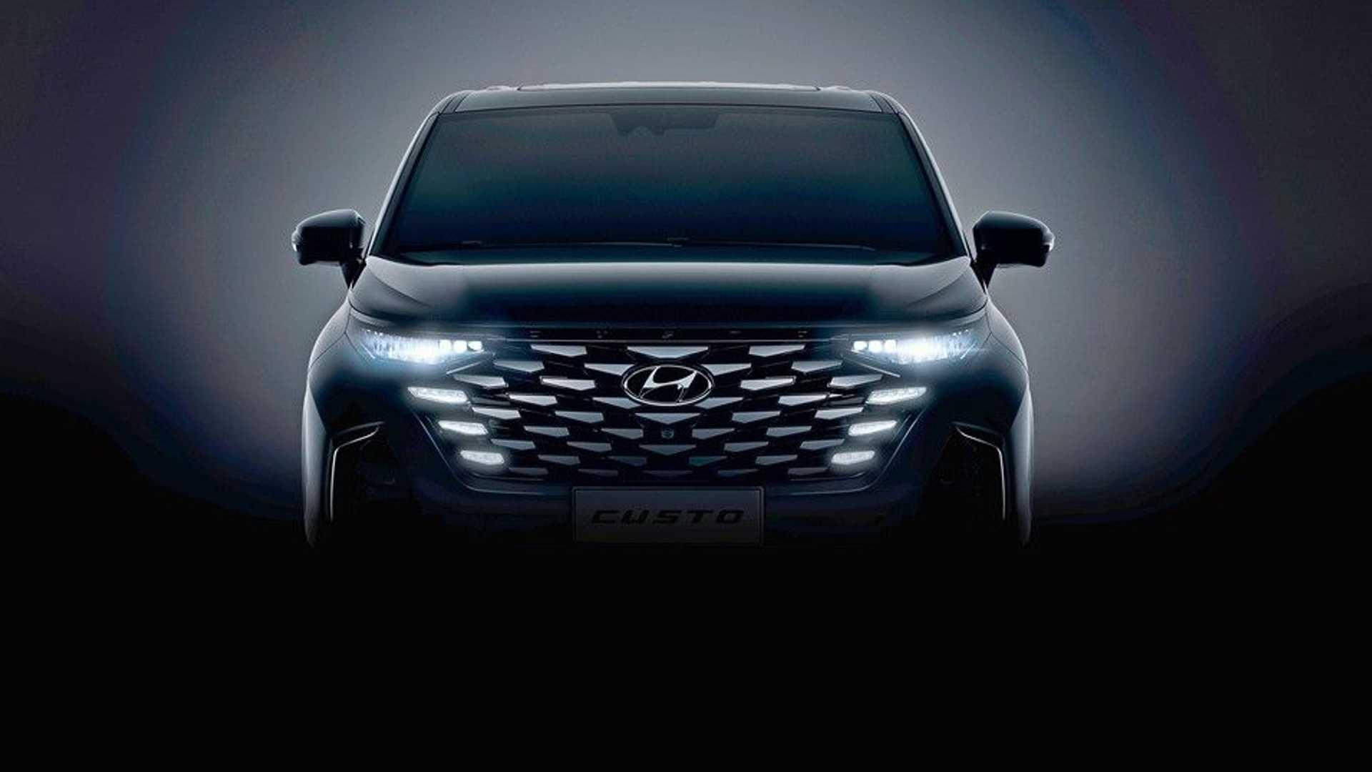 Hyundai најавува нов MPV модел Custo / ФОТО