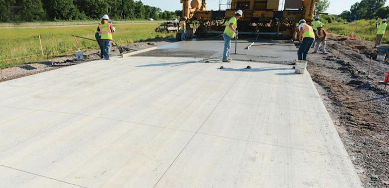 Револуционерен проект: бетонски пат кој ги полни батериите на електричните автомобили