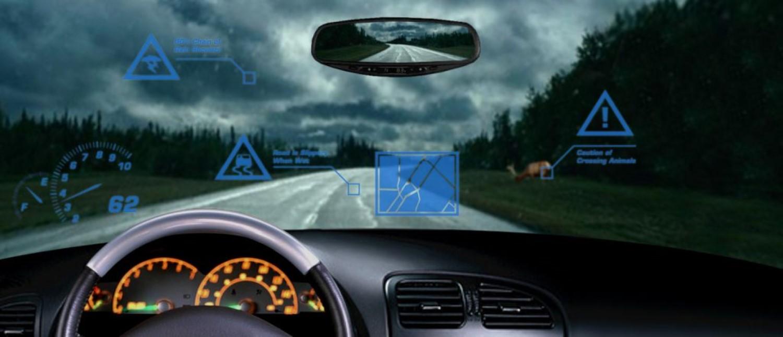 Новите автомобили се полни со технологија за која никому не му е гајле