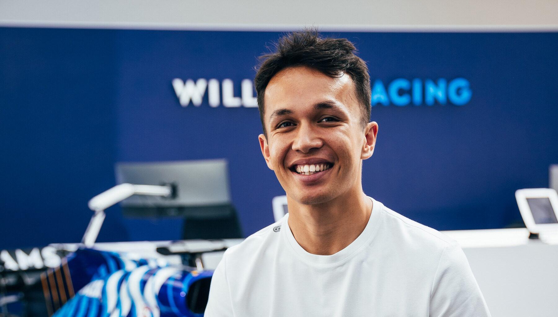 Red Bull го отпушти Албон за му обезбеди место во Williams
