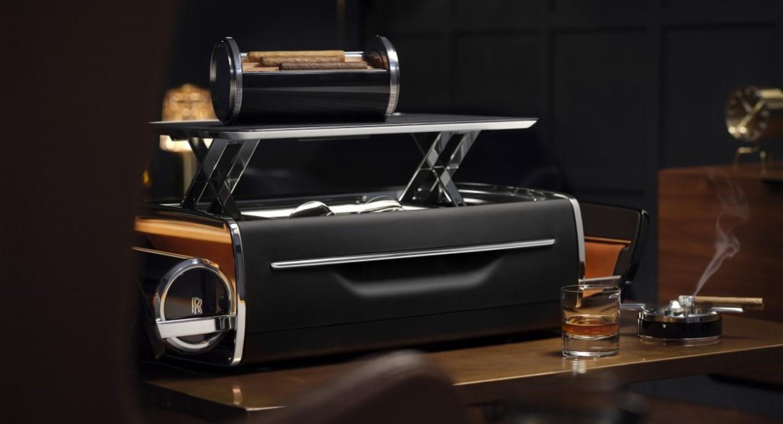 Виски, пури и Rolls-Royce