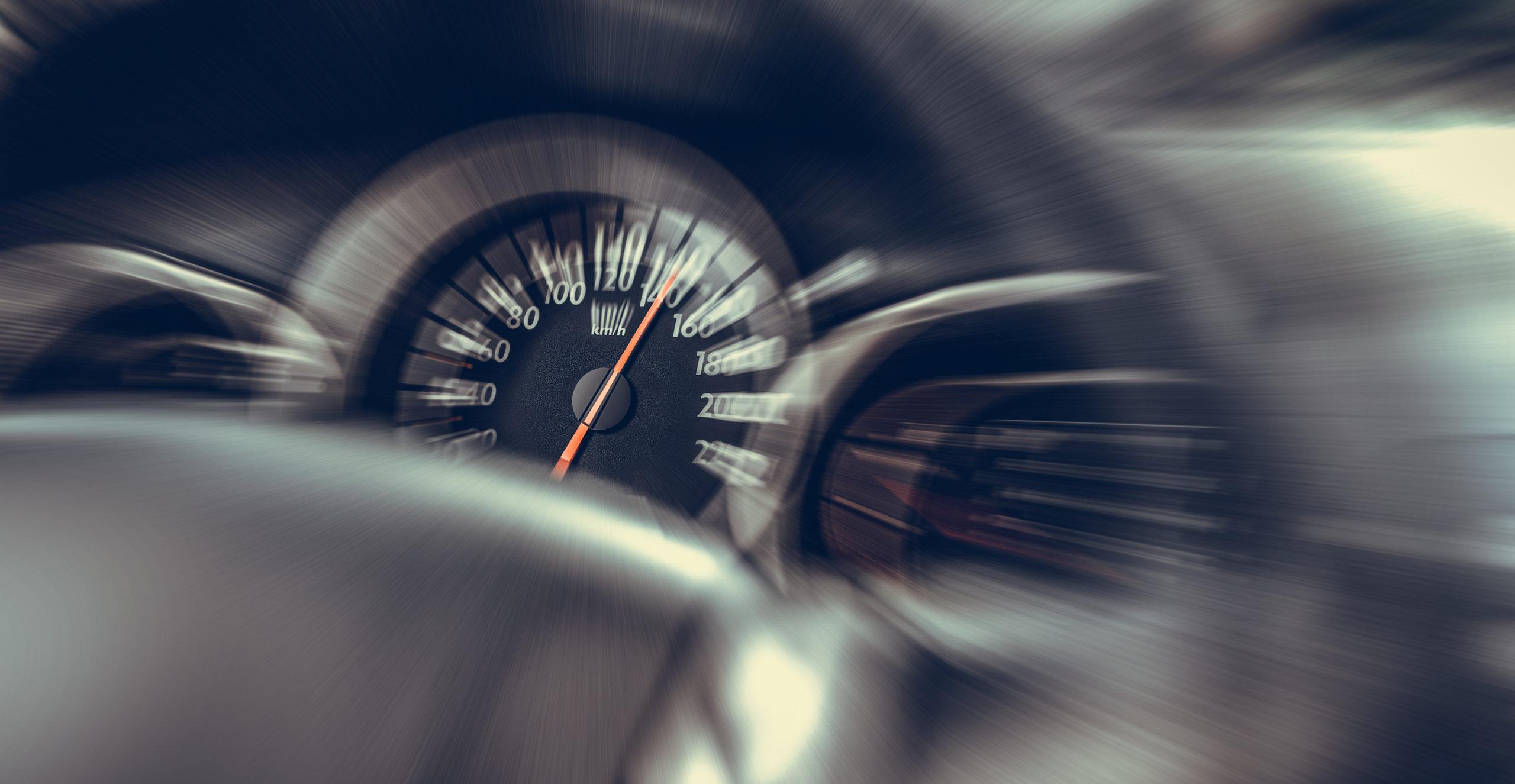 Трета година по ред: Возачите на оваа јапонска марка најчесто добиваат казни за брзо возење
