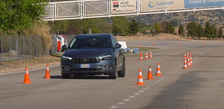 """Fiat Tipo 2021 на тест на """"Северниот елен"""" /ВИДЕО"""