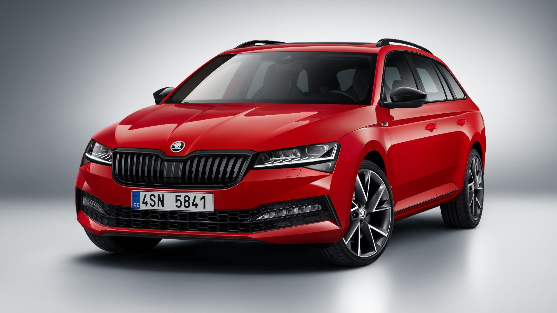 Новата генерација на Škoda Superb пристигнува во 2023 година